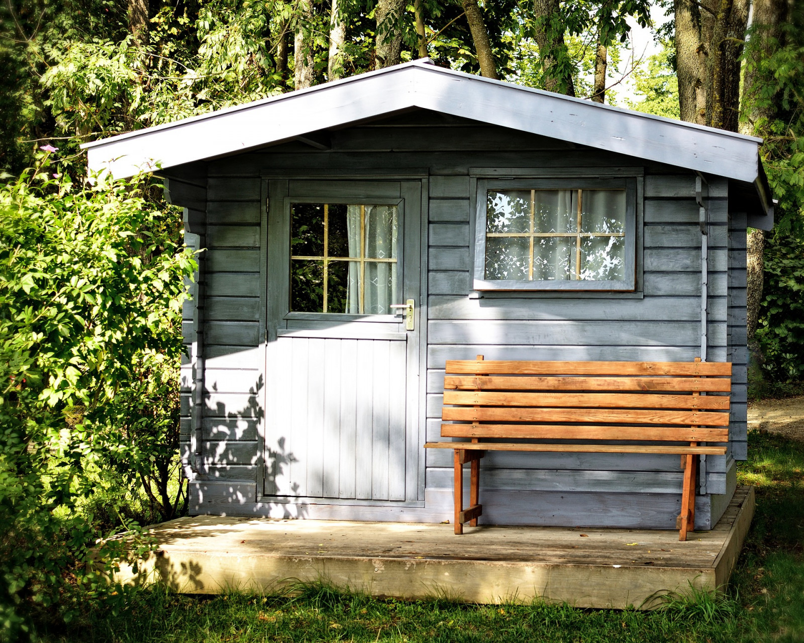 How Much Does it Cost to Build a Shed or Playhouse?